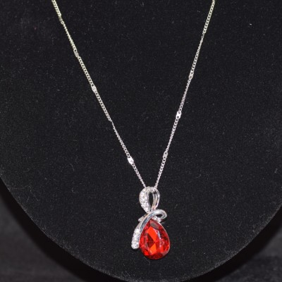 Red crystal pendant necklace