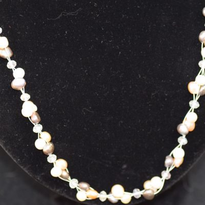 Cultured Pearl floating necklace